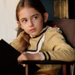 ワンス・アポン・ア・タイム・インハリウッドの子役ジュリア・バターズは演技も上手くて脚本も書ける!?